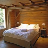 F5 - Master bedroom